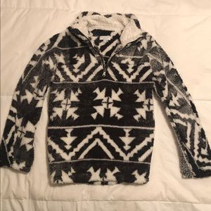 Black & White 1/4 Zip Sherpa